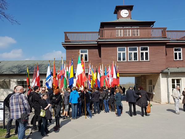 http://bertram-wieland-archiv.de/images/Bilder/Buchenwald_2017_10.jpg